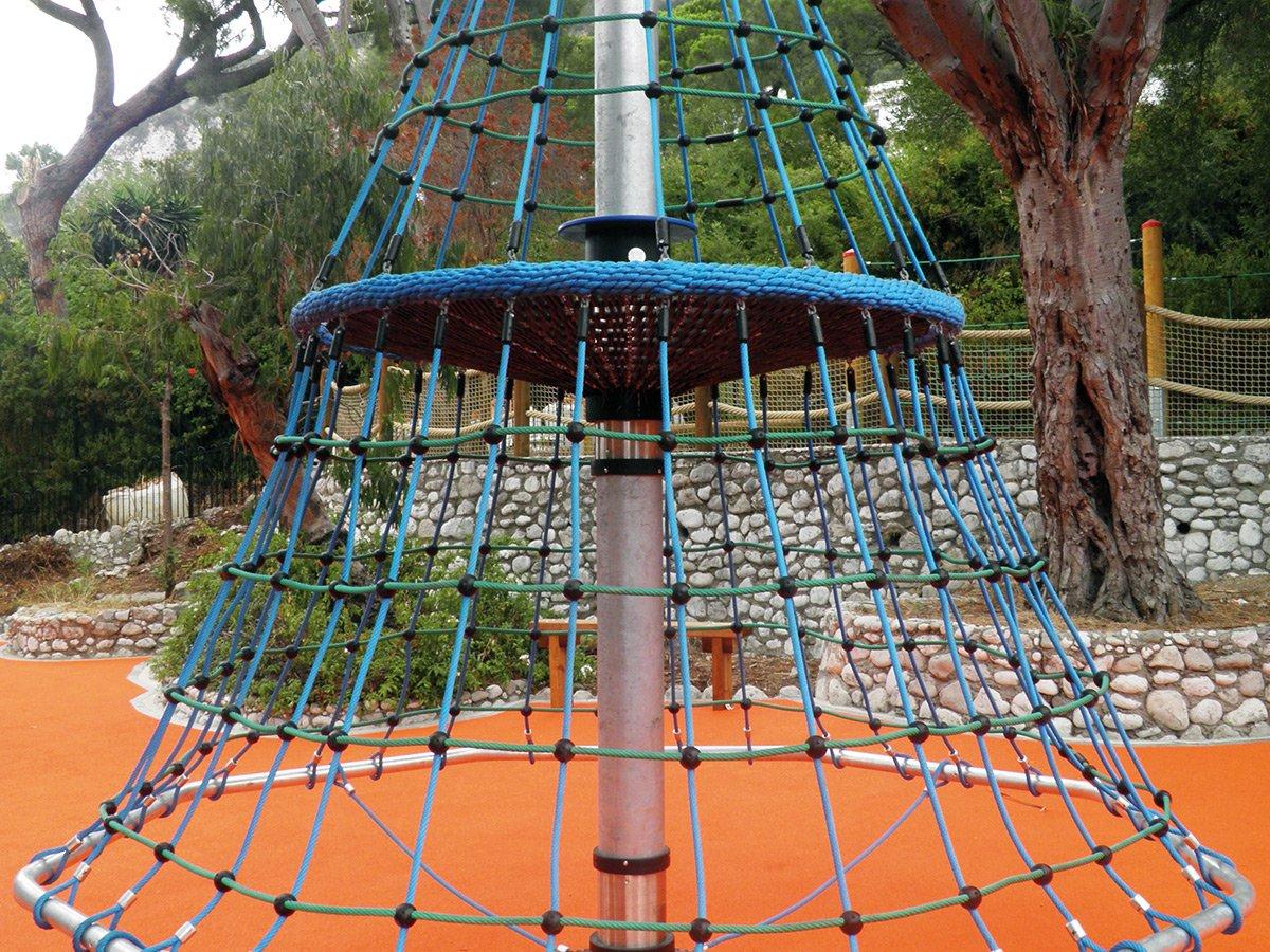 W Mega Plac zabaw, obrotowa piramida wspinaczkowa - Huck ZK62